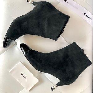 2018 Chanel cap toe suede stivetti boot